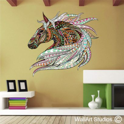 Patterned horses head